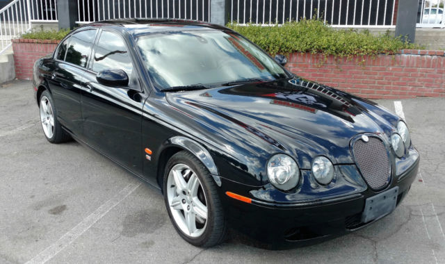 05 Jaguar S Type R 4dr Luxury Sedan 42l Supercharged V8 390hp