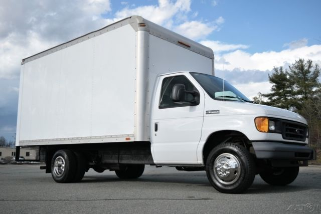 06 ford e 350 xl 14ft box truck drw 5 4l triton gas used e350 rockport cutaway. Black Bedroom Furniture Sets. Home Design Ideas