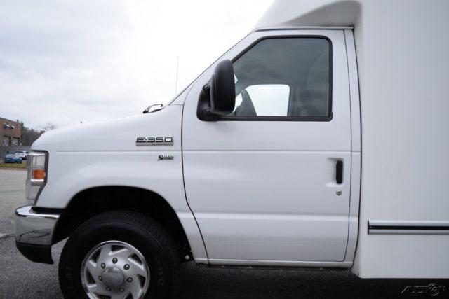 09 Ford E-350 XL Enclosed Box Van Unicell Truck 5.4L ...