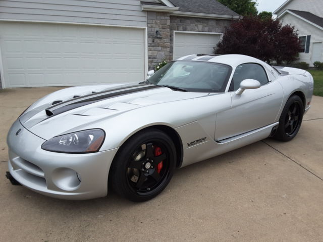 1 Owner 2009 Dodge Viper Srt Voi Coupe 26 Only 4k Miles Piece Of History