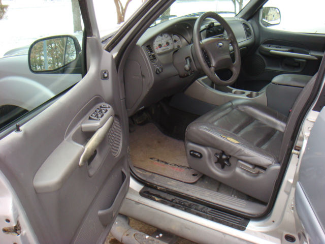 1 Owner Silver 2002 Ford Explorer Sport Trac 4x4 V6