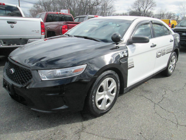 13 ford taurus all wheel drive police interceptor 1 town owner v6 sharp car. Black Bedroom Furniture Sets. Home Design Ideas