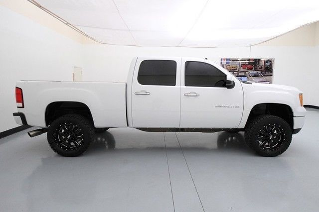 Black interior doors with white trim - 14 Gmc 2500hd Denali 20 Inch Moto Metal Wheels Nav Backup