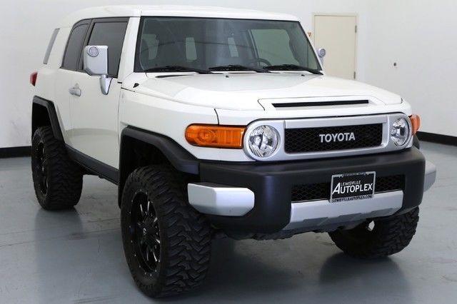 14 Toyota FJ Cruiser 4x4 20 Inch Fuel Wheels Navigation