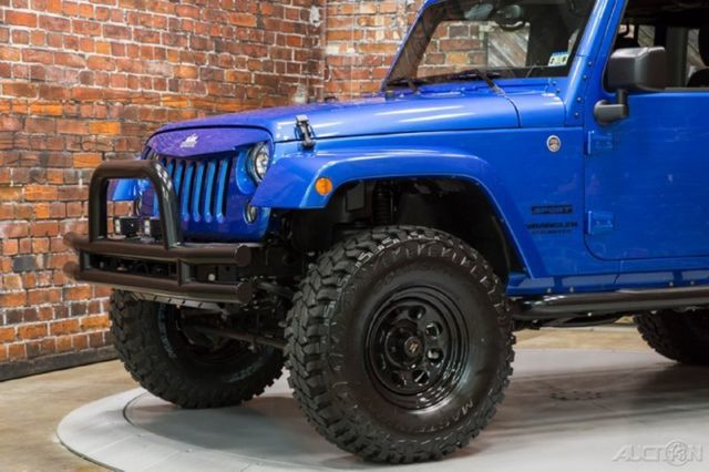 15 4 door 4x4 auto blue lifted bumpers rubicon seats freedom hard top tow hitch. Black Bedroom Furniture Sets. Home Design Ideas