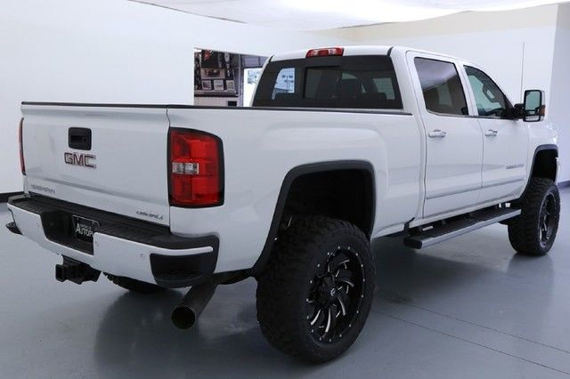 15 GMC Sierra 2500HD Denali BDS Lift 22 Inch Fuel Wheels
