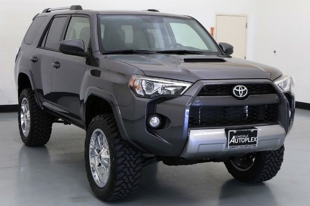16 Toyota 4runner Trail 4x4 Level Kit 20 Inch Fuel Wheels