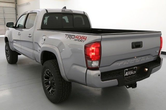 16 Toyota Tacoma TRD Sport 18 Inch Fuel Wheels Navigation