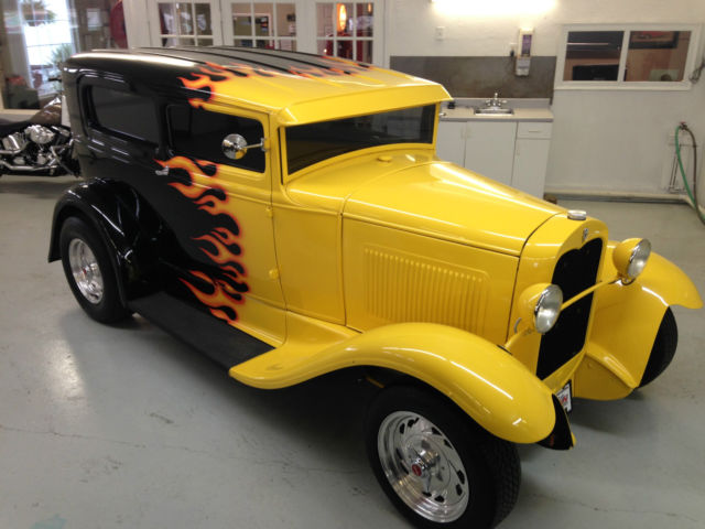 1930 ford model a 2 door sedan hot rod 5 chop top for 1930 ford model a two door sedan