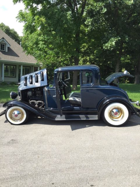 1932 Chevy 5W coupe  Not Ford