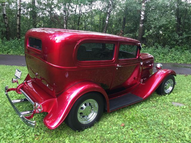 1932 ford sedan model b 2 door candy apple red 302 ford for 1932 ford 2 door coupe