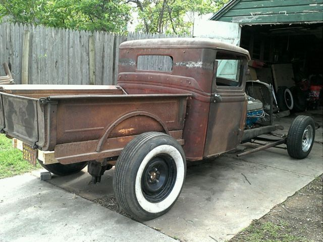 1934 Ford Headlight Stands : Chopped channeled for pickup truck project rat