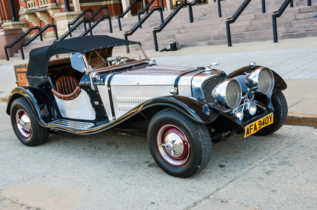 1937 Jaguar Ss 100 Roadster Replica With Mounted Steamer Trunk