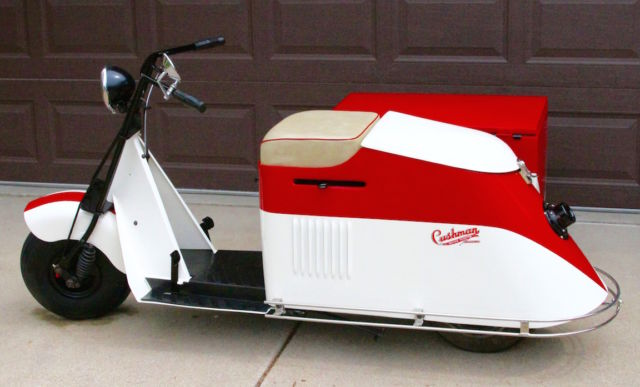 1947 cushman 50 series step thru scooter with sidecar. Black Bedroom Furniture Sets. Home Design Ideas