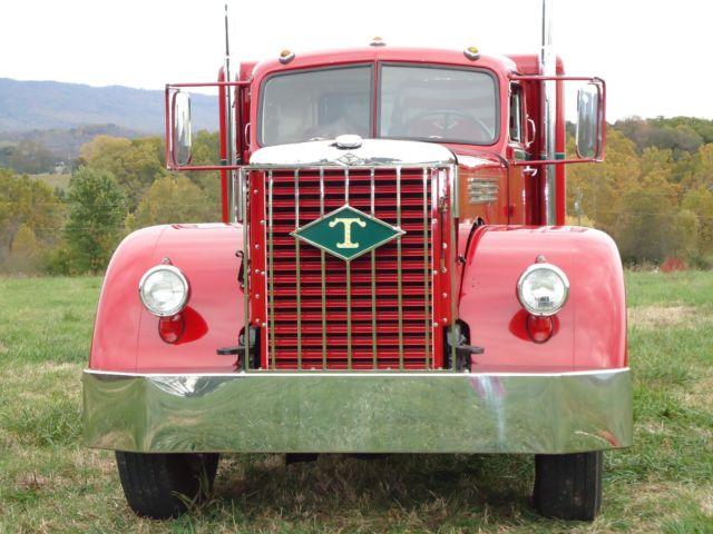 1950 DIAMOND T 910R TRUCK