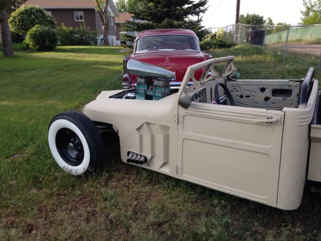 1952 WIllys ratrod pickup, hotrod, kustom, chop top, rat rod
