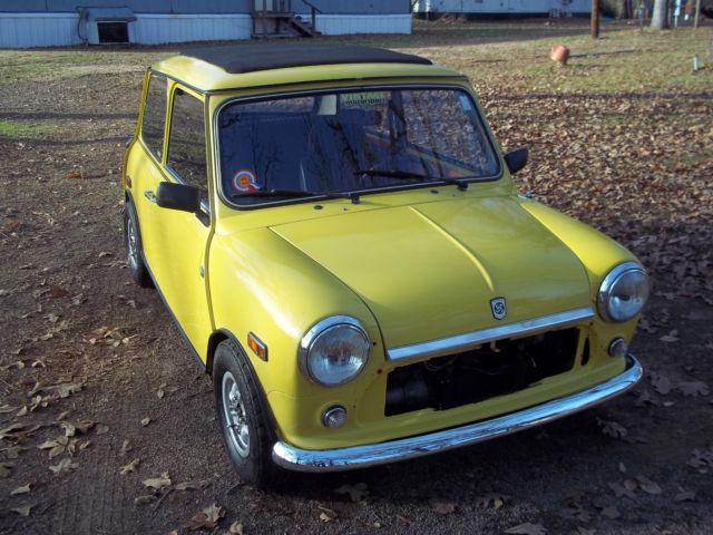 1967 classic mini cooper yellow 998 cc mk 3 reconditioned for Mini cooper motor oil