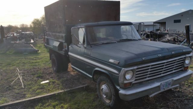 1967 Ford 1 Ton Dump Truck