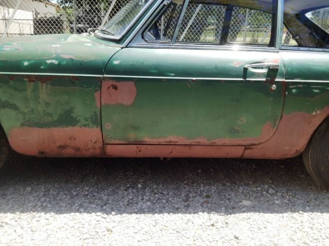 1967 Mgb Gt Project   Tons Of Parts