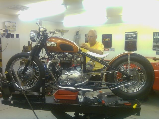 1969 Triumph Bonneville 650 Motorcycle Chopper Bobber Custom