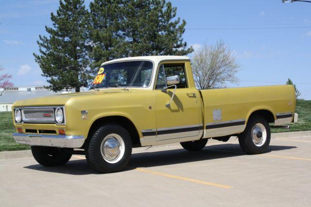 1971 International Harvestor Model 1210 Longbed Pickup
