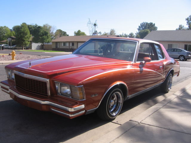 1979 CHEVY MONTE CARLO LOW RIDE LOW MILEAGE 42,000 CLEAN