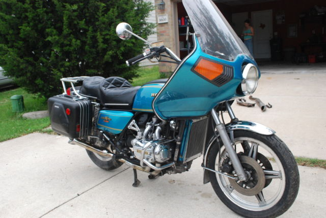 1979 Honda Gl1000 Hondaline Optional Fairing And Luggage