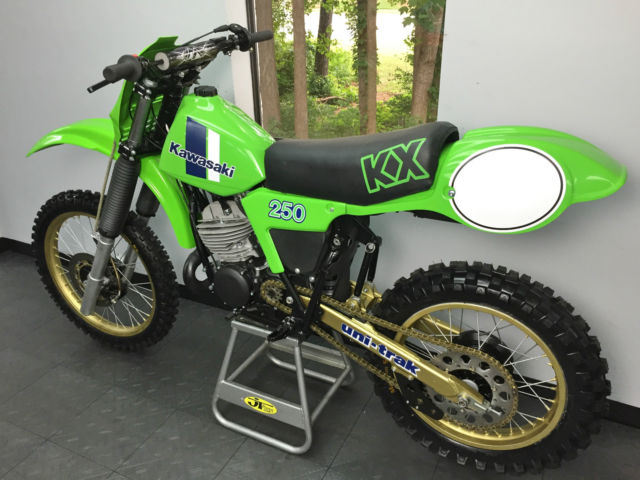 1982 Kawasaki Kx250 Full Engine Rebuild And Cosmetic