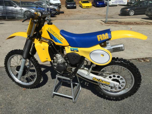 1983 suzuki rm125 great affordable racer rm 125 ahrma. Black Bedroom Furniture Sets. Home Design Ideas