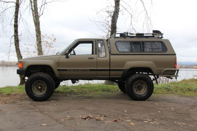 1984 Toyota 4x4 Truck / Restored / Tastefully upgraded / 22r 5spd Pickup 4wd & 1984 Toyota 4x4 Truck / Restored / Tastefully upgraded / 22r 5spd ...