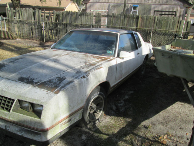 1987 Chevrolet Monte Carlo SS Aerocoupe As is for parts or to restore