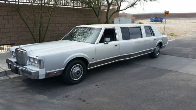 1987 Lincoln Town Car Widebody Limo
