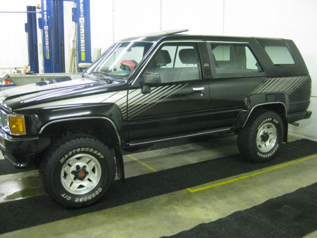 1988 BLACK TOYOTA 4RUNNER SR5 FIRST GENERATION TOYOTA ...