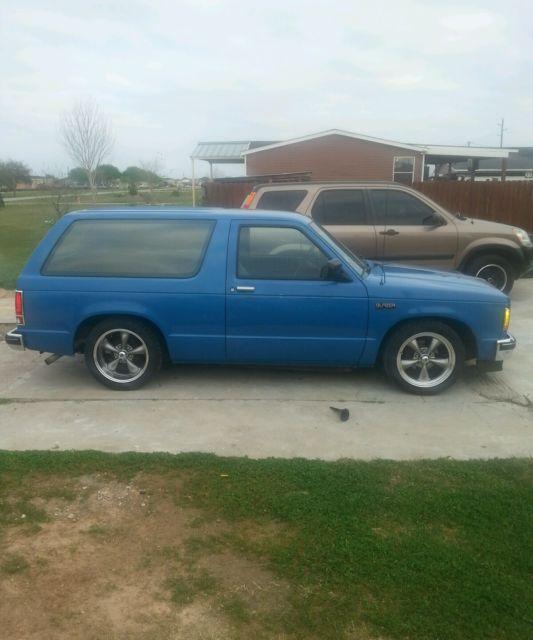 1993 Chevrolet S10 Blazer Interior: 1988 Chevrolet S10 Blazer 2WD Low Miles Lowered New Wheels