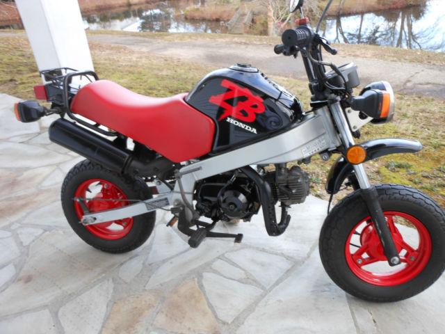 Honda Of Toms River >> 1988 honda zb 50cc mini motorcycle Black and red mint ...