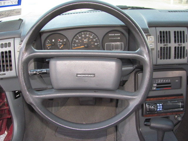 1988 Pontiac Grand Am With The 2 3l Dohc Engine 4 Door