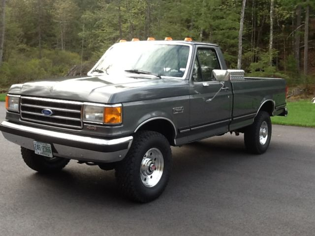 1989 Ford F-250 XLT Lariat 4x4, 5 speed, 70,100 miles ...