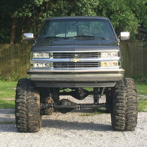 1990 Chevy 1500 Z71 Solid Axle Swap Monster Truck