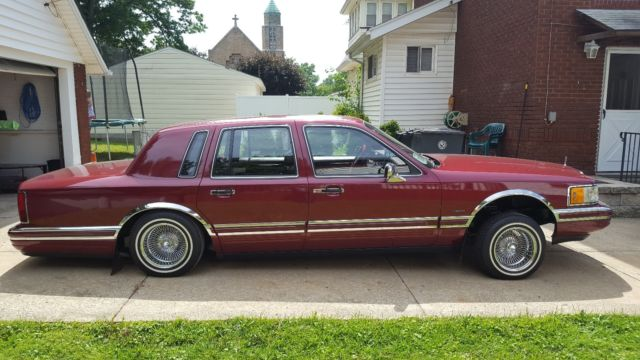 1990 Lincoln Town Car Lowrider Clean Only Summer Driven