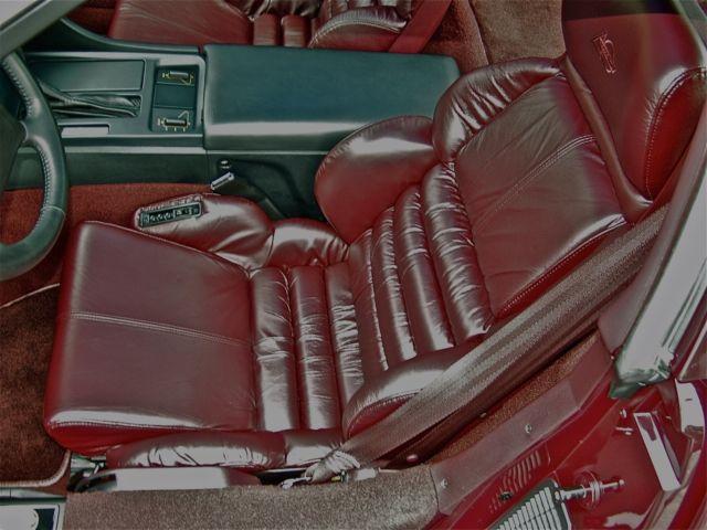 Th Anniversary Limited Run Ruby Red Corvette Very Rare