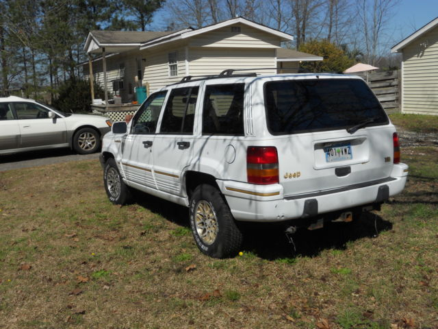 1993 jeep grand cherokee limited white w gold trim and grey interior 1993 jeep grand cherokee interior