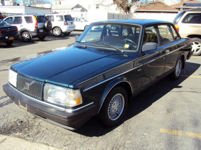 1993 Volvo 240 Classic Legend