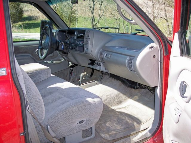 1995 Chevy 2500 4x4 single cab long bed loaded with COLD A ...