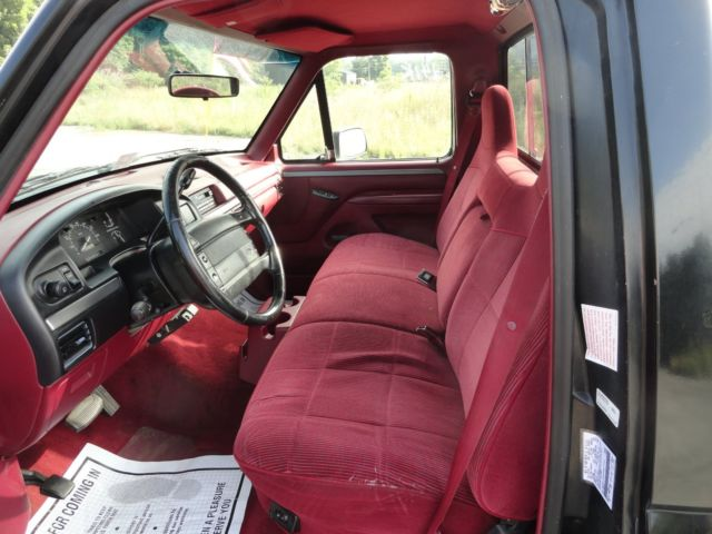 1995 Ford F150 Special Regular Cab 5.0 Truck Long Wheel Base - ONE OWNER NO RUST