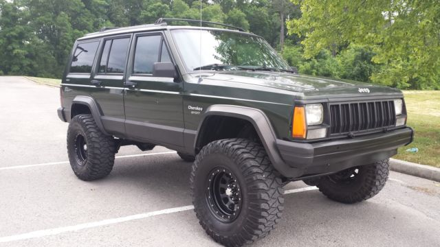 1995 Jeep Cherokee Sport 4x4 4-Door 4.0L Lifted