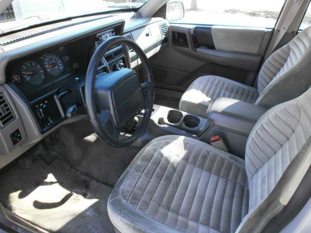 1995 Jeep Grand Cherokee Laredo 4x4 4 0l Parts Needs Work Project