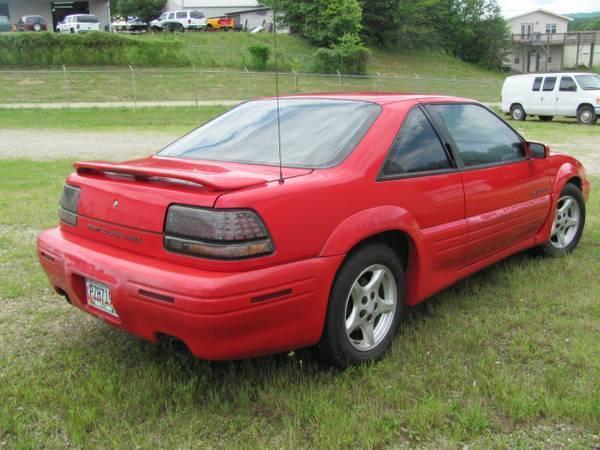 1995 pontiac grand prix se coupe 2 door 3 1l vehicles markets com
