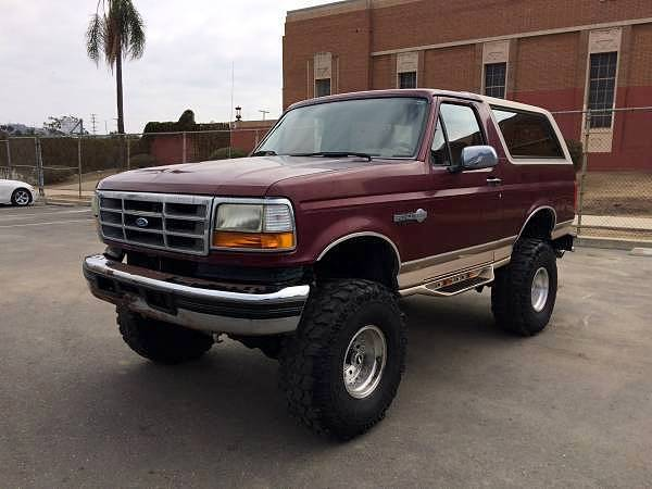Ford Bronco King Ranch X Lifted In Super Swampers Video Below on 1996 Bronco Interior