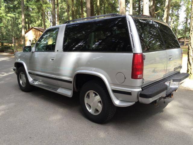 1997 chevrolet tahoe base sport utility 2 door 5 7l 4x4. Black Bedroom Furniture Sets. Home Design Ideas