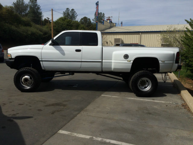 1997 lifted dodge ram 3500 dually 4x4 diesel. Black Bedroom Furniture Sets. Home Design Ideas